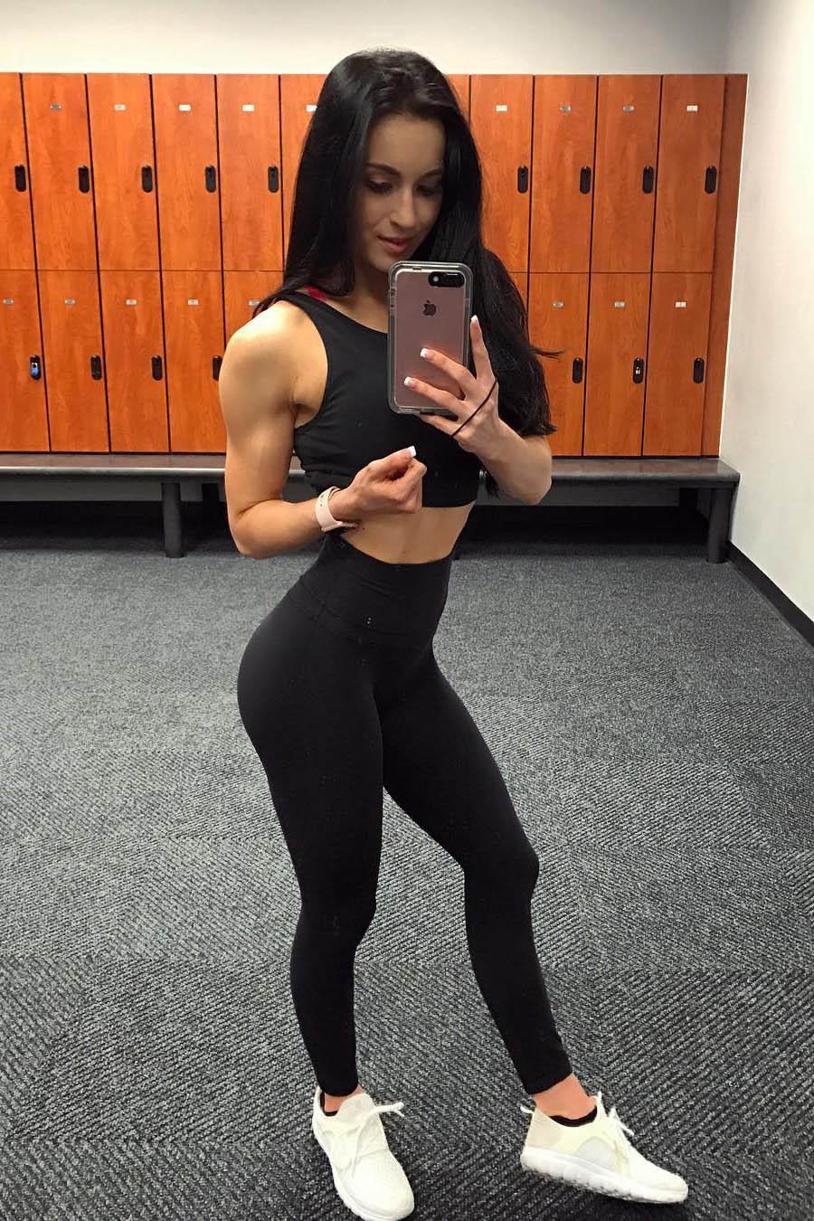 Escort model Svetlana